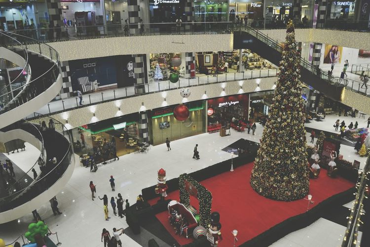 First Eyeem Photo Christmas Tree Redcolour Mall Lighting