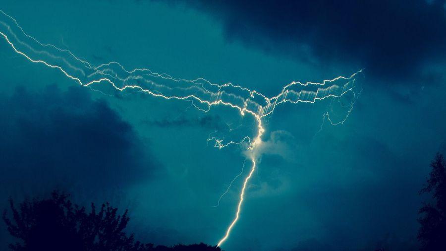 Gewitter Lightning Forked Lightning Beauty In Nature