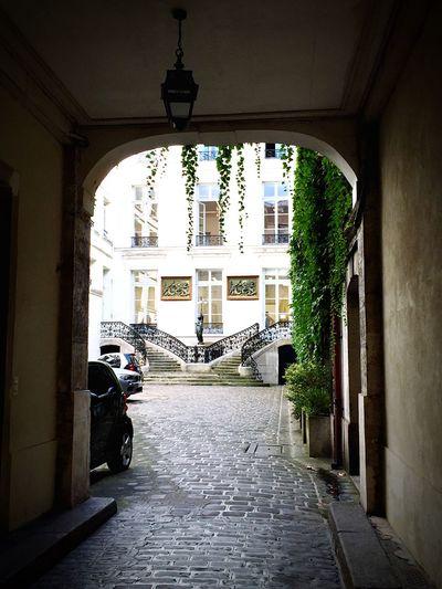 Hidden secret Paris Behind The Door Hidden Places Photooftheday Photography Le Marais Paris, France  Paris Architecture Built Structure Building Exterior Day Transportation Real People City