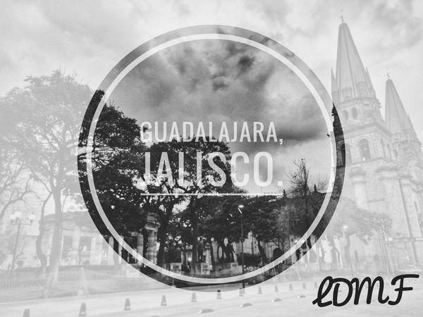 Guadalajara, Jalisco, México. Text Circle Business Day Outdoors City