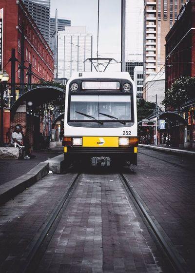 NewBorn Photography Public Transportation Roadside NormalLife Routine