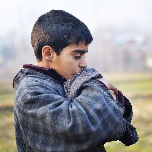 Phiran Kid Kissing Field Revoshots Revo IAmKashmir Revoshotsphotography IExploreKashmir Bandipur Hugging 😚