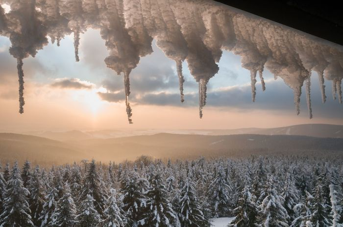 Outdoor Snow Frozen Cold Adventure Nikon Nature Photography Winter Wintertime Magic Winter Snowy Sunset Tree Cloud - Sky Beauty In Nature Nature Sky Field Scenics Mountain Landscape Forest Sun