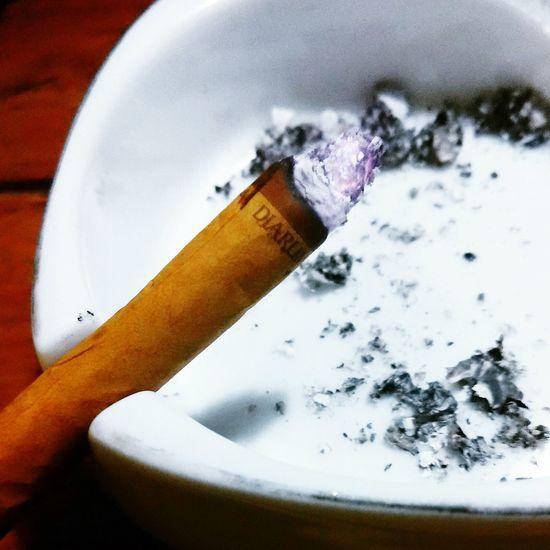 Cigarettes , Kretek