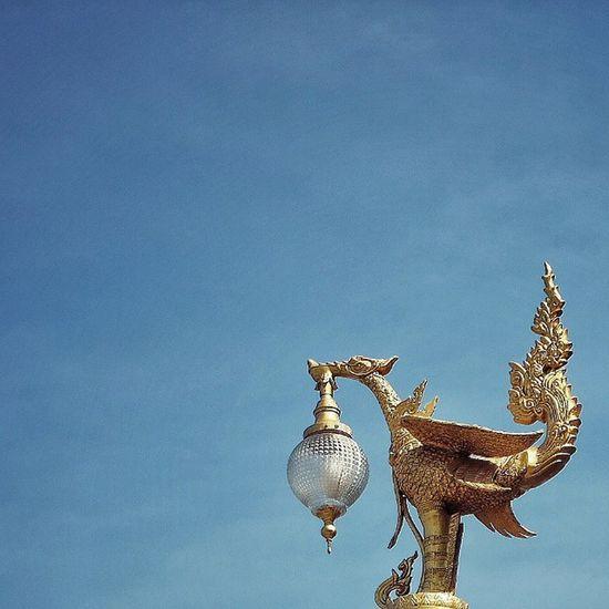 Minimal . . . Fujifilm Fujixm1 Thaistagram Thailand_allshots Snapseed Igerth Igersthailand Ig_thailandia Ig_bangkok Culture Sculpture Minimal Minimalism Adayinthailand BKK Capture_today Igaddict Insta_thailand Tflers Igoftheday