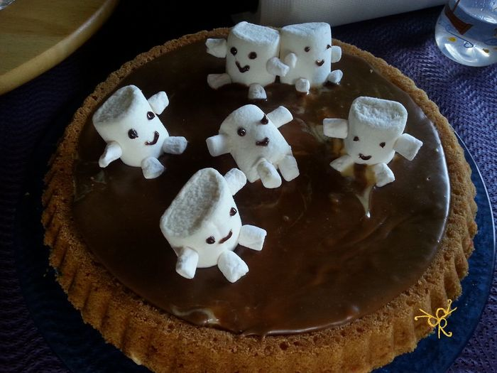 Adipose Animal Representation Animal Themes Close-up Creativity Dessert Doctor Who Dr Who Food Food And Drink Freshness High Angle View Indoors  Kuchen No People Ready-to-eat Sweet Food White Color