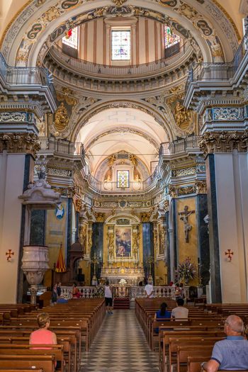 Architecture Built Structure Religion Place Of Worship Belief Spirituality Indoors  Building Arch Seat Real People Pew Group Of People Women Art And Craft Craft Travel Destinations Ceiling Architectural Column Ornate Altar