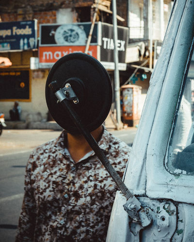 faceless Street Street Light Candid Photography Streetlife Streetphoto Human Face Streetart Street Market Photooftheday Street Life Candid Street Photography Streetphotography Frame Frame It! Framed Women Close-up Vehicle Parking Moving Side-view Mirror Street Scene Roadways Wearing Land Vehicle The Street Photographer - 2019 EyeEm Awards