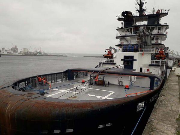 City Nautical Vessel Sea Water Cityscape Oil Pump Horizon Over Water Architecture