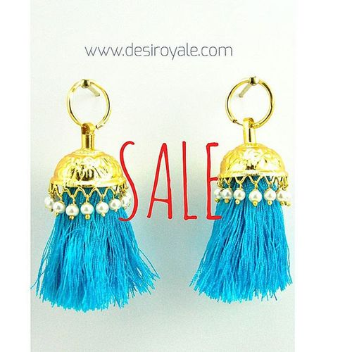 Check out our Beautiful Goldplated Earrings at www.desiroyale.com Freeshipping Sale Desi Desiroyale Wedding Punjabi Picoftheday Photooftheday Indianbride Gorgeous Lovely Accessories Jewelry MustHave Trend Stylist Buy Diwali Gift Online  Shopping Jhumka burningman desiweddings anarkali sangeet jago