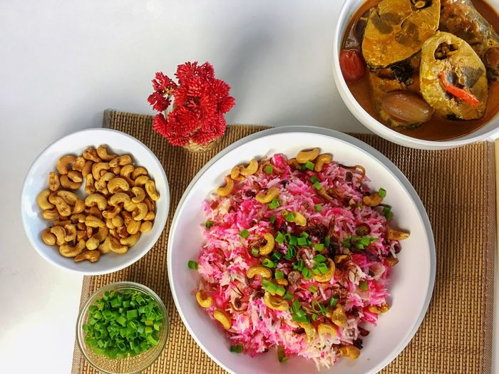 Curry Fish Nut Restaurant Asian Foods Malay Food Curry Rice Rice Food Photography Food Food And Drink Ready-to-eat Indoors  Food Freshness Table High Angle View Serving Size Healthy Eating Variation