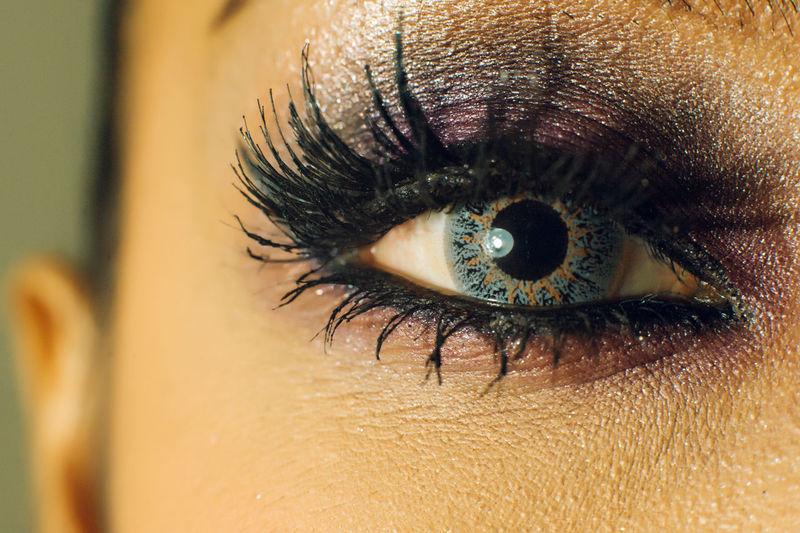 Portrait of woman eyes