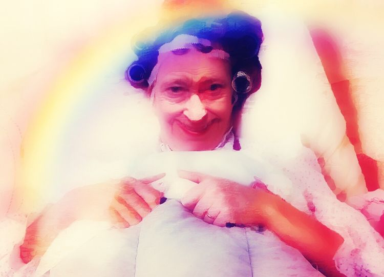 My Rainbow Morning Hunger God Save The Queen United Kingdom Just Smile  Anachronisme Dans La Chambre De L'Impératrice Queen Save The Trump Rainbow Colors