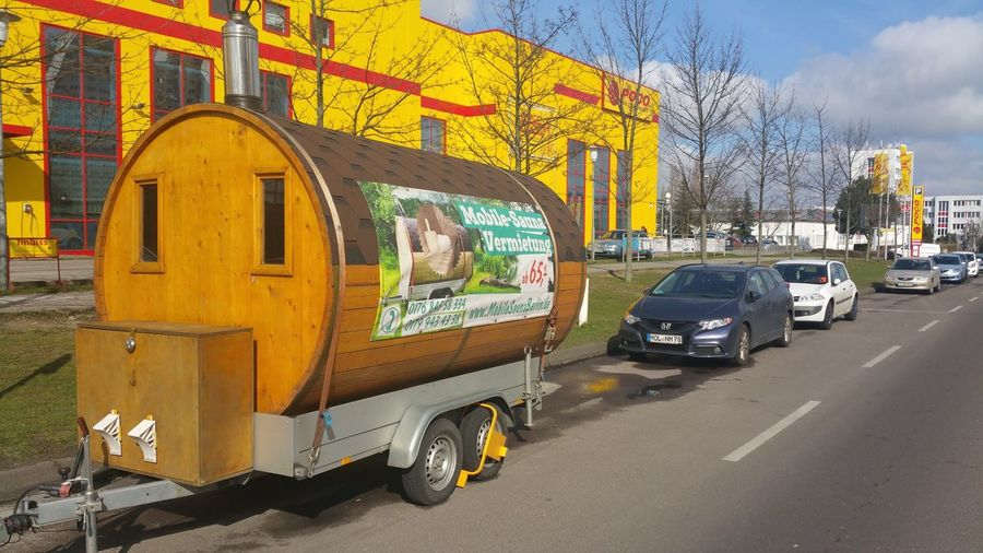 Mobile Sauna in Berlin Poelchaustraße , Shopping ♡ Fun Leisure Activity Building Landscape EyeEm Best Shots Eye4photography  EyeEm Gallery Hanging Out Relaxing Taking Photos ohne Filter 2016