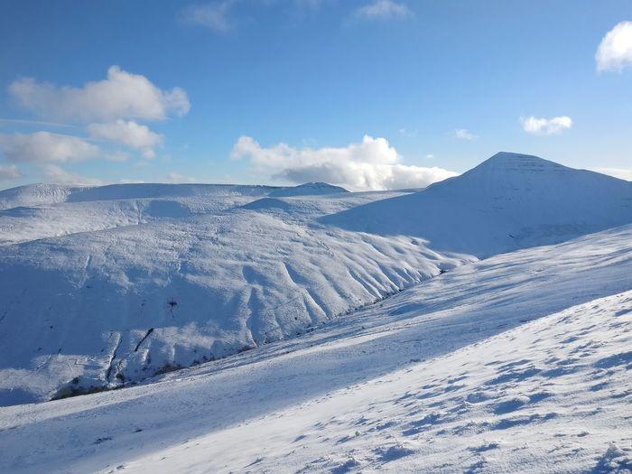 Untouched. Brecon Brecon Beacons EyeEmNewHere EyeEm Selects Mountain Snow Cold Temperature Winter Snowcapped Mountain Tree Sky Landscape Mountain Range Deep Snow Mountain Ridge Snowfall Mountain Peak