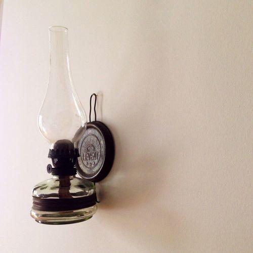 Yag lambası. Oldies Light Oil Lamp Taking Photos