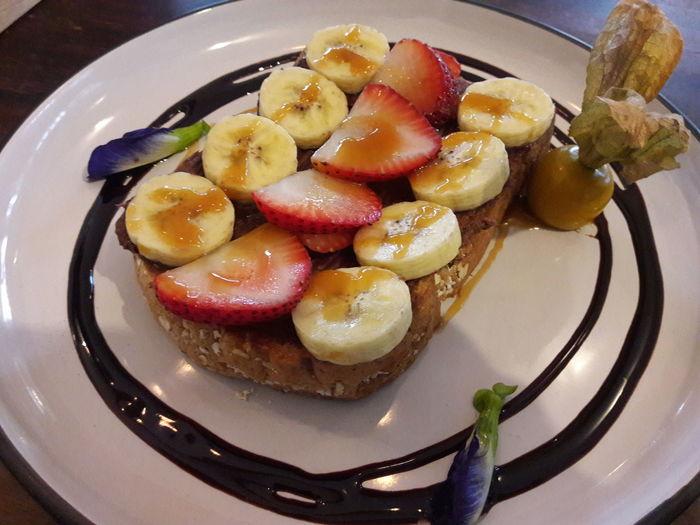 Tart - Dessert Fruit Appetizer Sweet Pie Dessert Plate Gourmet Close-up Sweet Food Food And Drink