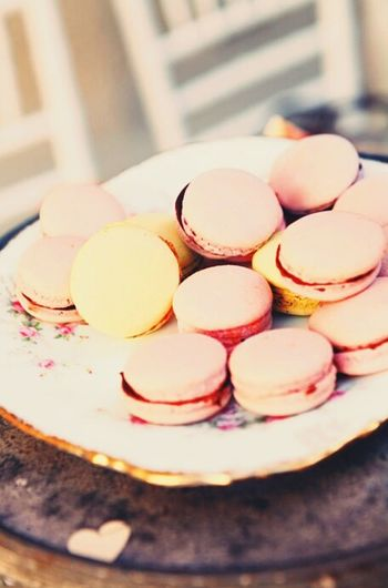 Macaroons!! Food Sweets Coral By Motorola Macaroons Colors Foodstagram Yummy Foodphotography Wedding