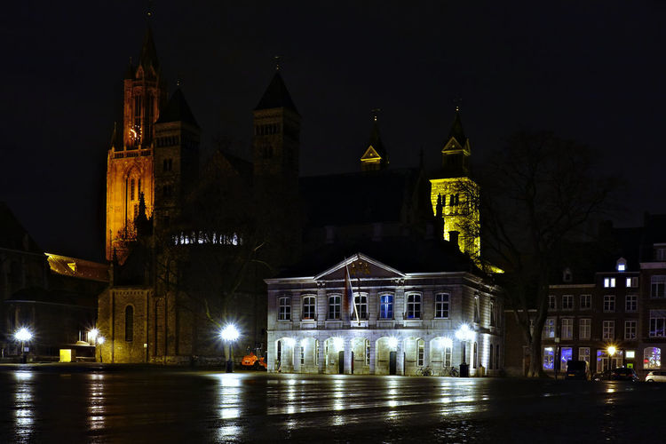 Nightphotography Long Exposure Urban Scene Rainy Day Reflection Illuminated Night Building Exterior Architecture Built Structure Building City Place Of Worship Spirituality No People Street Sky Travel Destinations Lighting Equipment Light Church Plaza Man Made Object