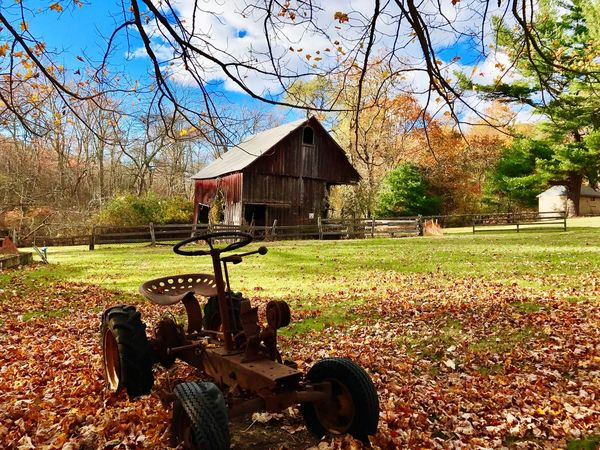 CalebSmithBarn Barn Farmland Farm Long Island, Ny Tractor Rustic Barn