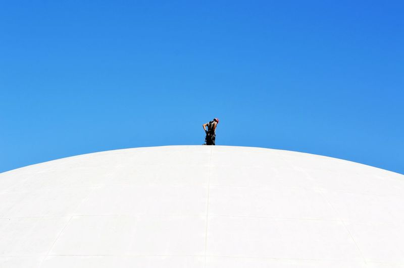 White White Background Blue Background Blue Sky Communication Architecture_collection Urban Geometry Urbanphotography Travel Destinations Architecture Color Portrait Fine Art Week On Eyeem Minimalism Minimalobsession Minimalist Architecture Minimal Architecture_collection Modern Architecture Full Length Clear Sky Standing Blue Men Winter Sky Landscape My Best Photo