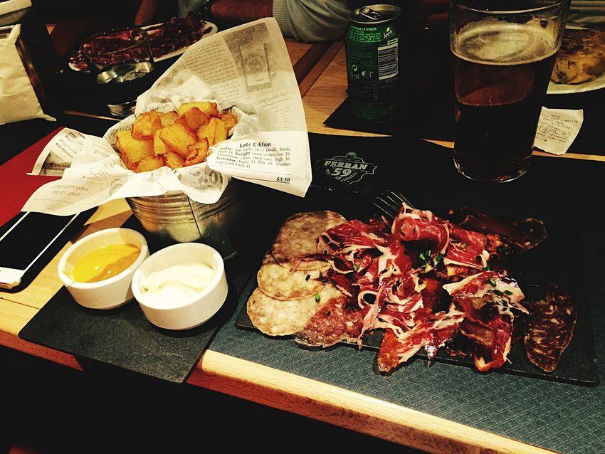 España Tapas Patatas Bravas Jamon Eating Hungry Barcelona Luchtime