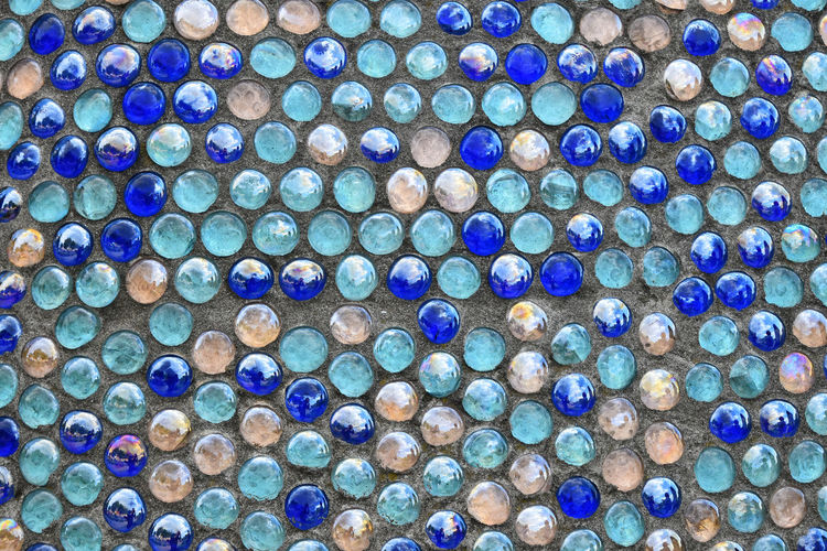 Multicolored mother-of-pearl round glass mosaic, close up Mosaic Background Backgrounds Choice Circle Close-up Colorful Design Full Frame Glass - Material Glass Mosaic High Angle View Large Group Of Objects Mosaic Art Multi Colored Pattern Variation