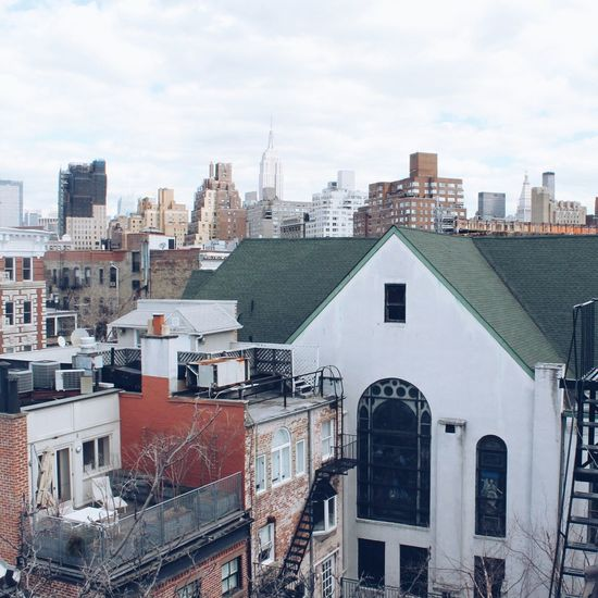 Seeing The Sights Manhattan East Village Empire State Building Cityscapes City Rooftopview From The Rooftop Rooftop NYC LIFE ♥ NYC Photography NYC NYC Skyline Sight Travel Nyclife New York Traveling Roof Rooftops Rooftop View  Rooftop Scenery Manhattan New York City Life City View