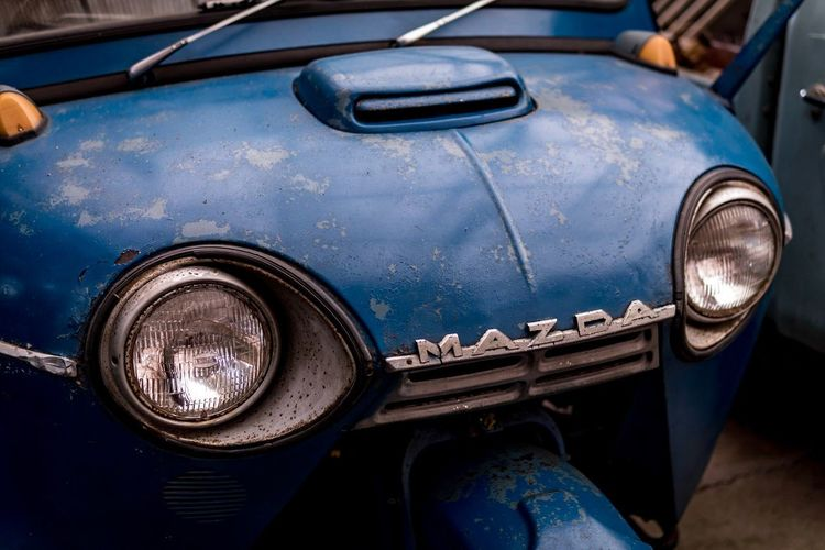 Headlight Mode Of Transport Car Transportation Land Vehicle Vintage Car Retro Styled Old-fashioned Rusty Collector's Car Outdoors No People Day Close-up