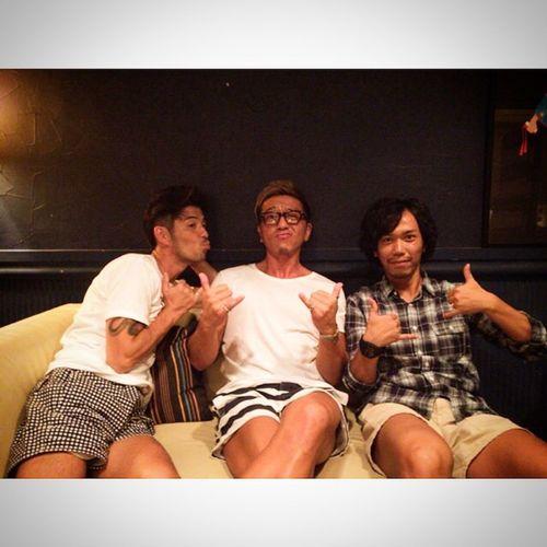 ⋆ ⋆ 男飲み、熱く語りました‼︎ ⋆ 最高のメンツです☆ ⋆ 話が尽きない(笑) ⋆ #沖縄#スムージー#ほしくんヤルってよ