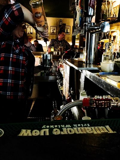 🍺🍀🦋🎱 Irish Birds Alcohol Drink Happy Hour Illuminated