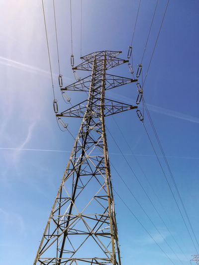 Electrical tower Sky Blue Blue Sky Eyemphotos Technology Global Communications Electricity Pylon Electricity  Data Cable Computer Network Fuel And Power Generation Communication Telephone Line High Voltage Sign