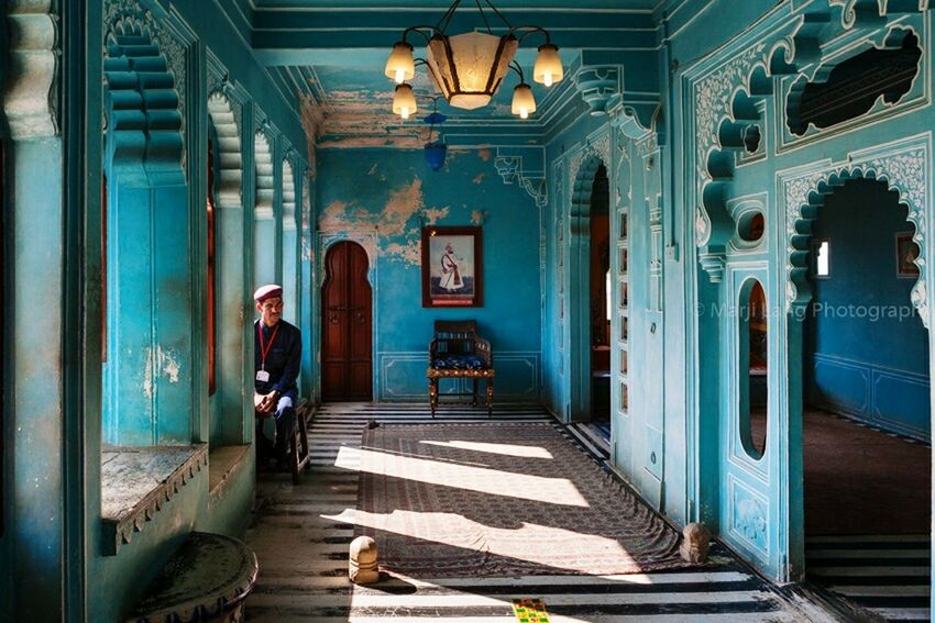 Udaipur, India India Palace Blue Indoors  Room Guard Udaipur Rajasthan One Person Horizontal Traveling Travel Photography Travel Tourism Destination Travel Destinations Historical Building Blue Room Beautiful Decor ERA Rajasthani Culture Rajasthan Beauty Museum
