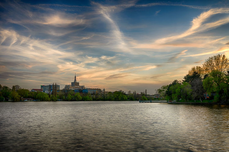 Sunset Architecture Beauty In Nature Building Exterior Built Structure City Cloud Cloud - Sky Cloudy HDR Hdr_Collection Landscape Landscape_Collection Landscape_photography Nature Rippled River Scenics Silhouette Sky Sunset Tranquil Scene Tranquility Tree Water Waterfront