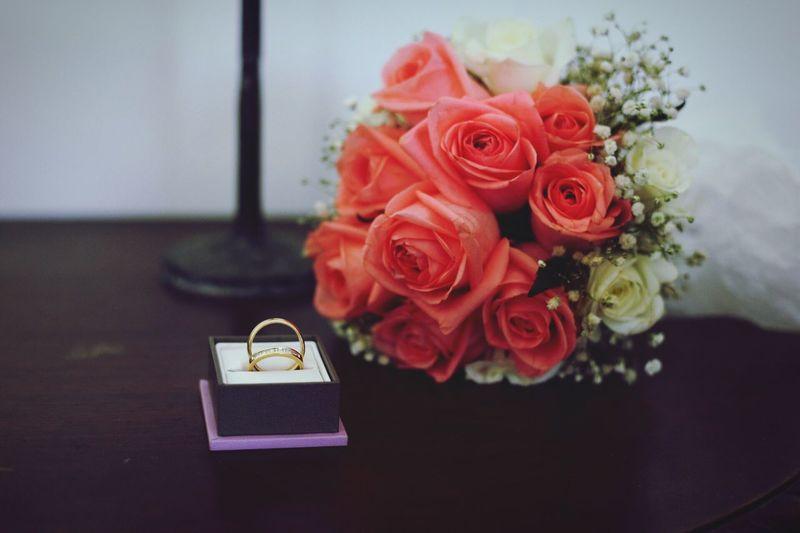 Flower Rose - Flower Bouquet Freshness No People Babys Breath Flower Head Love Wedding Wedding Day Wedding Ring Rings