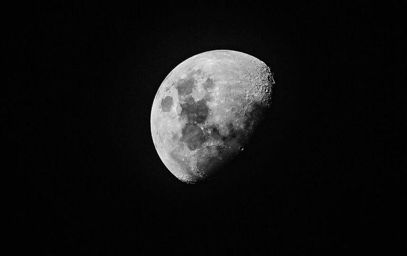 Lua  Luanova Facebook Instagranbrasil Sao Paulo - Brazil São Paulo Sp BRASIL Grajauex Grajaú Canon Moon