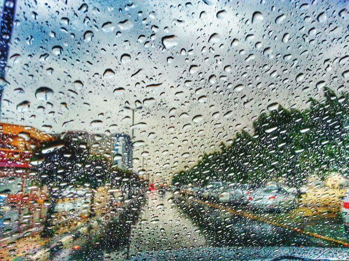 ما علمك صوت المطر كيف احتريك ولا المطر ما جاب لي طاري ابد Aljubail AlJubail Beach. With My Friends Beach Clouds And Sky Rainy Days الجبيل المارينا