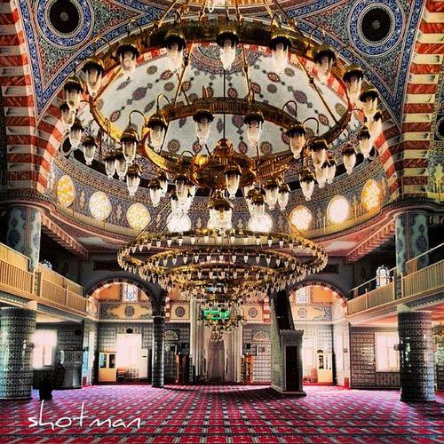 Cami ümraniye Avize Mihrap mimber mosgue istanbul 34 ibadet bosphorus turkey