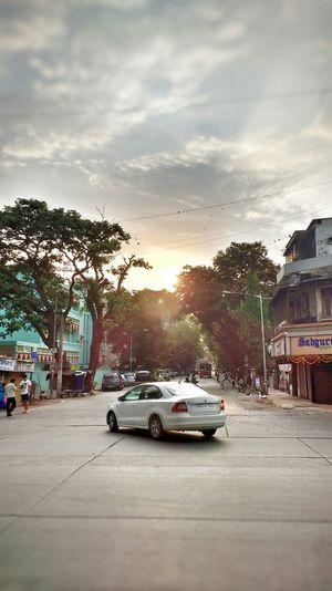 Alleys Mobile Photography Lens Glare Cars Early Morning Roads Roadscenes Mumbai India Lensglare EyeEmNewHere
