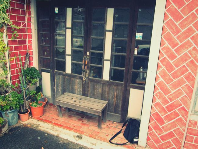 Vintage❤ Brick Wall Door Flowerpots WoodChair Old Ruins Nippon Rainy Days