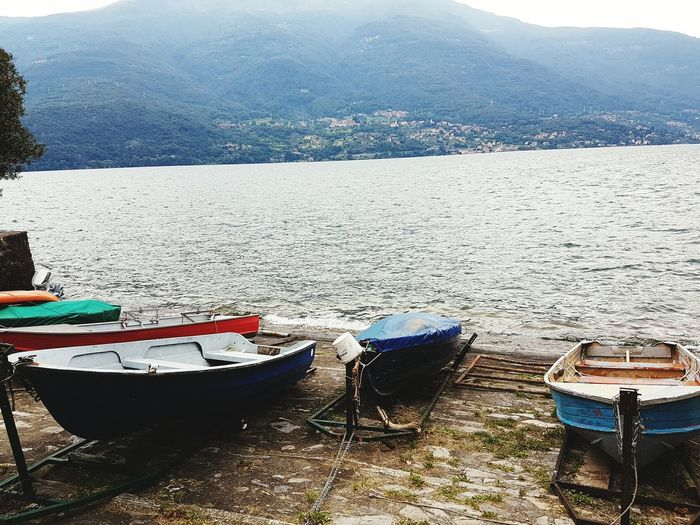Samsungphotography Samsung Galaxy S7 Beauty In Nature No People First Eyeem Photo Oudoors Italy❤️ Italy Comer See Italy🇮🇹 Rainy Days Cabrioview House Sorico Comersee Outdoors Sandy Beach Beachphotography Beach Relaxing Mountains Mountain ViewNature