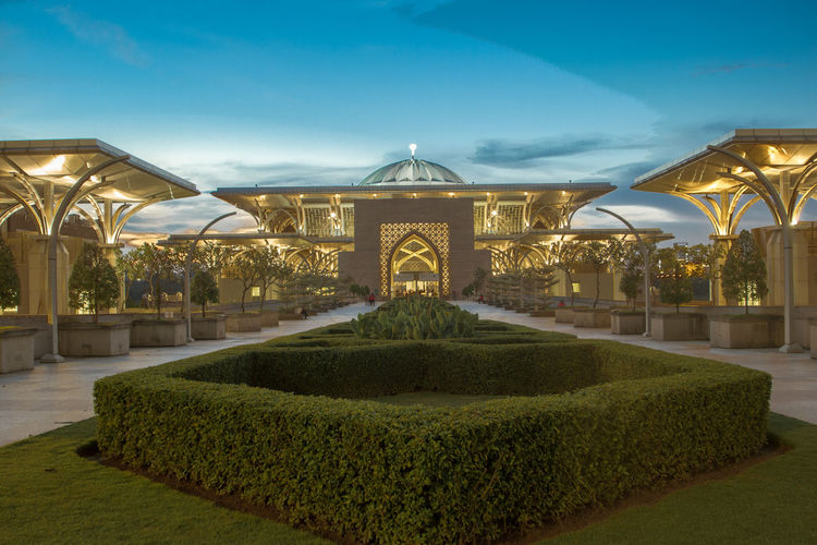 Mosque Tuanku Mizan Zainal Abidin when light turn on Architecture Built Structure Illuminated Light And Shadow No People Outdoors Plant Sky