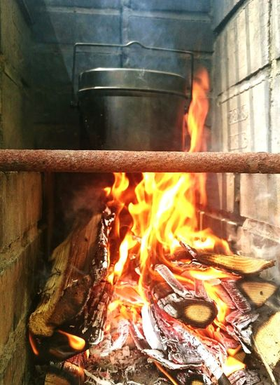 Burning Smoke - Physical Structure Outdoors Day Summer Food And Drink Grilled Heat - Temperature