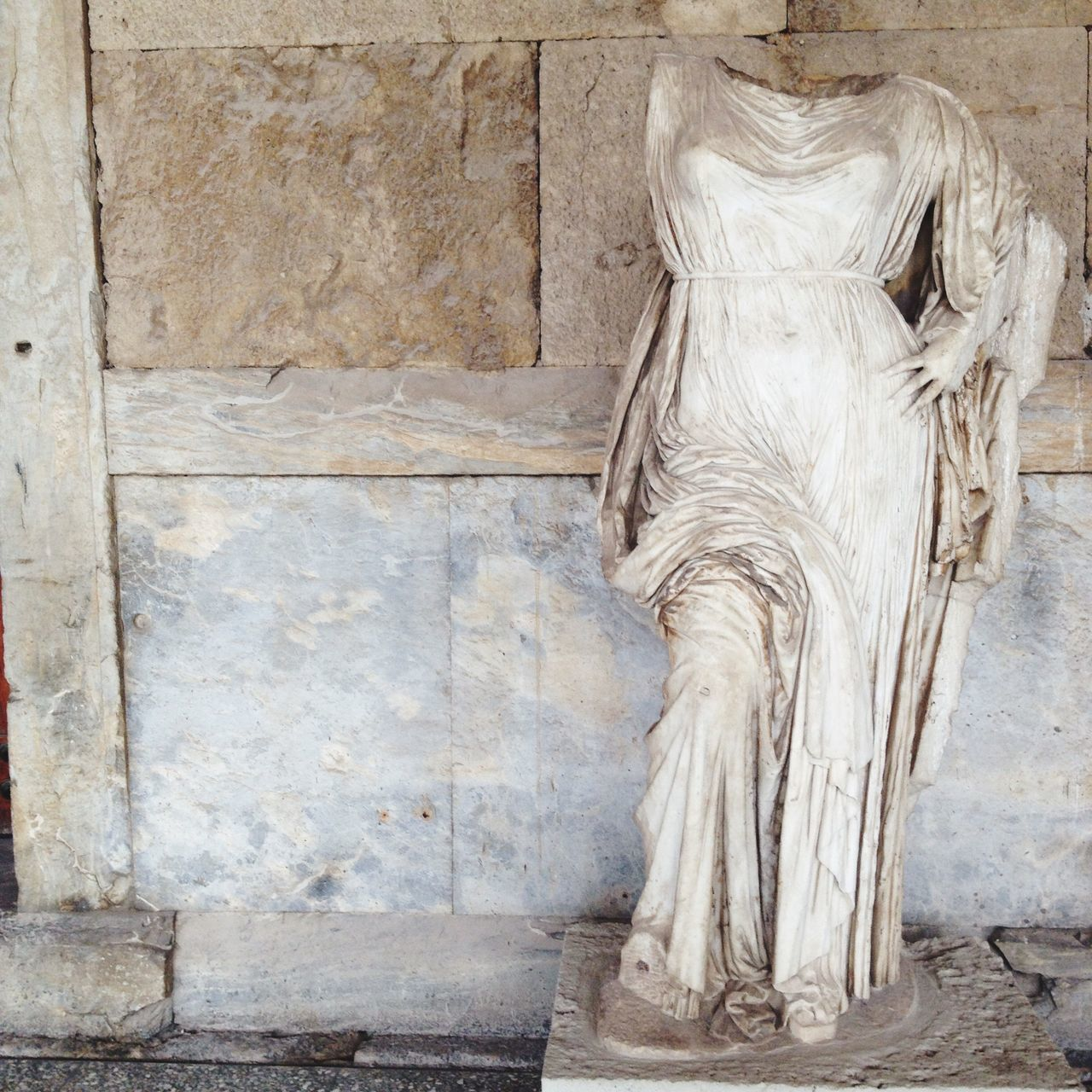 stone material, marble, architecture, built structure, statue, sculpture, no people, indoors, building exterior, day, close-up