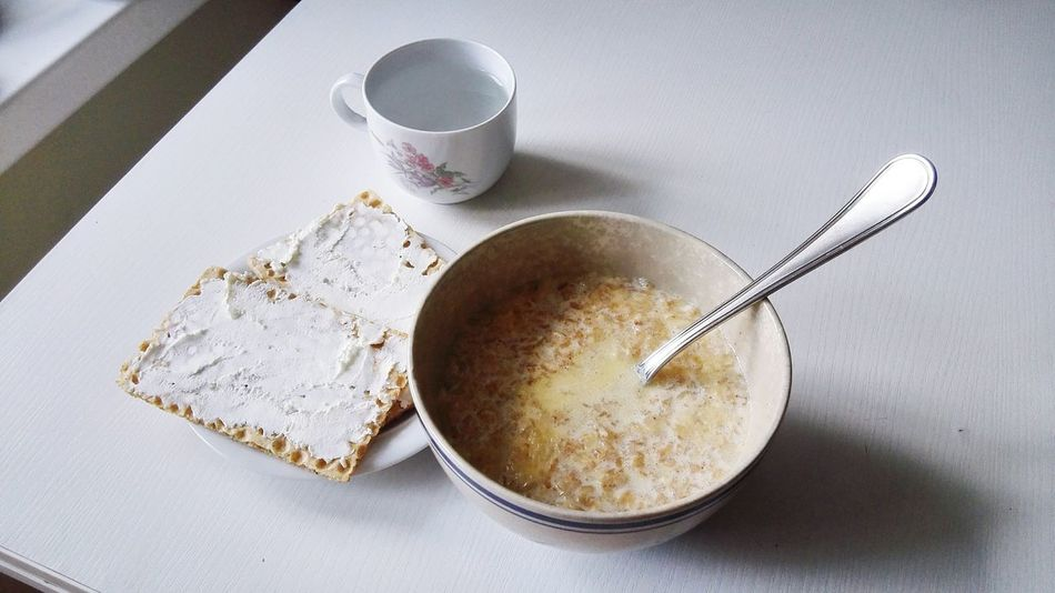 Check This Out Breakfast Meal Mealtime Meals Porridge Table White Color White Light And Shadow Meal Time Whites Snack Time! Creamcheese Plates Showcase July