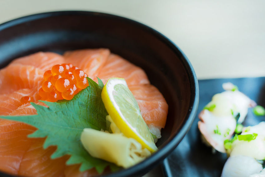 SalmonLove Close-up Day Food Food And Drink Freshness Healthy Eating Indoors  Japanese Food Leaf No People Plate Ready-to-eat Salmon Salmon Dinner Salmon Sashimi Salmon Sushi Salmone Sashimi  Seafood Serving Size SLICE Still Life Sushi Table