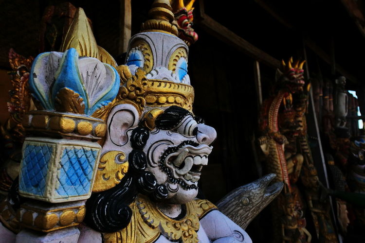 the dwarapala Scluptureart ArtWork Art Sclupture Sculptures Nikonphotography Photography Rahadianerick Bali Old Colors Arts Sukawati Bali Bali, Indonesia Art And Craft Handmade Handicraft HERO Legend Knight  Folk