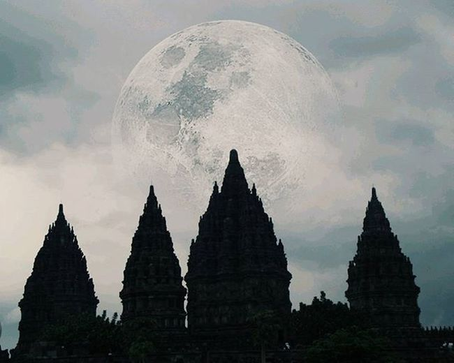 De.... Ja..... Vu...... the biggest moon is rising... Rooarrrrrr... wkwkk Sorry typo location tadi selama 6 jam wkwkwk
