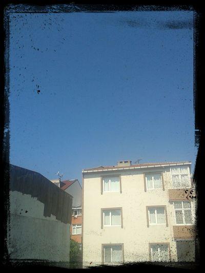 Berrak güzel bir hava