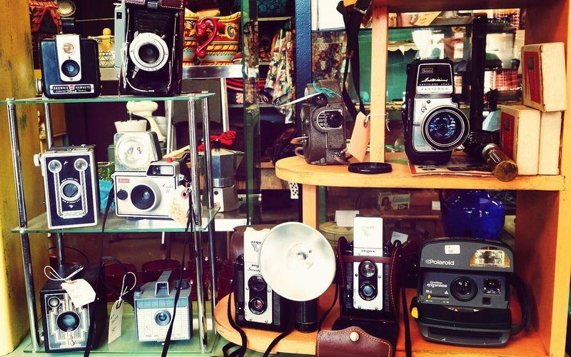 Vintage Camera So Pretty!